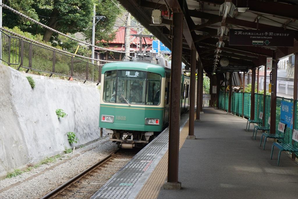 行きかう電車_3
