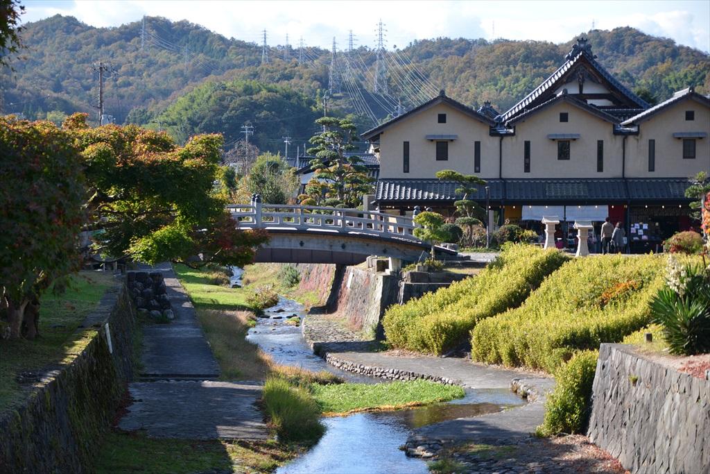 谷山川と登城橋