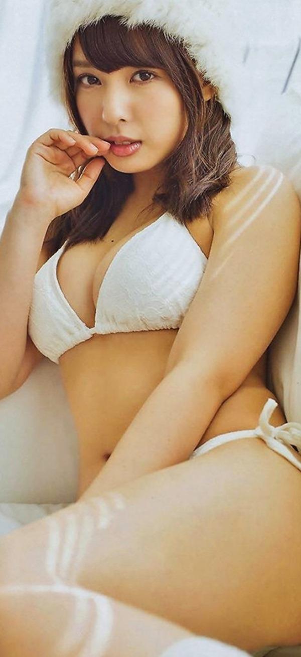 山田菜々11