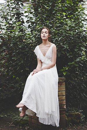 Moons-Bridal-Boho-Wedding-Dress-00.jpg