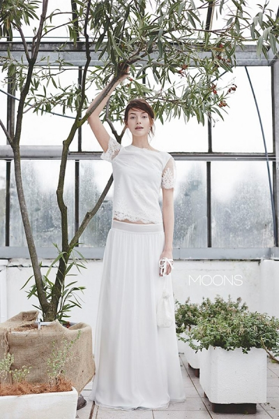 Moons-Bridal-Boho-Wedding-Dress.jpg