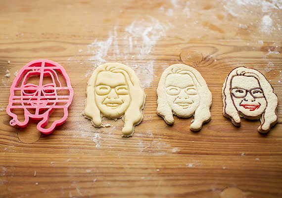 PERSONALIZED-COOKIE-CUTTER-LARGE1.jpg