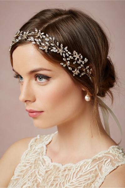 Romantic-Vintage-Inspired-Bridal-Headpieces-19.jpg