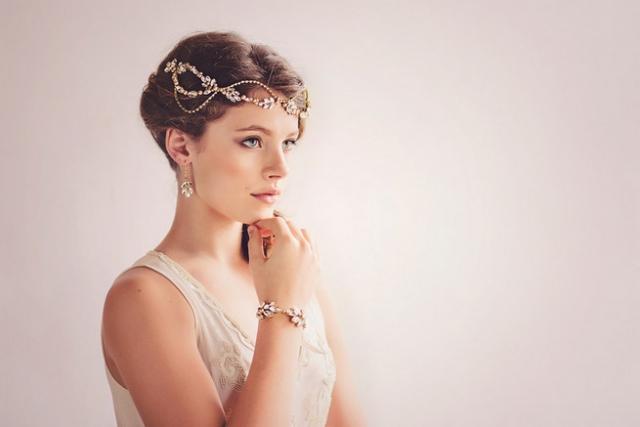 Romantic-Vintage-Inspired-Bridal-Headpieces-20.jpg