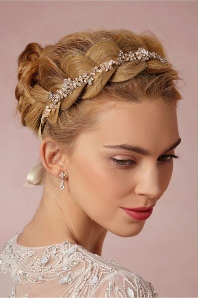 Romantic-Vintage-Inspired-Bridal-Headpieces-25.jpg