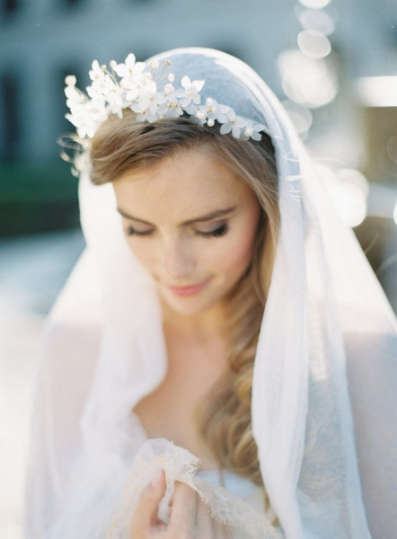 Romantic-Vintage-Inspired-Bridal-Headpieces-27.jpg