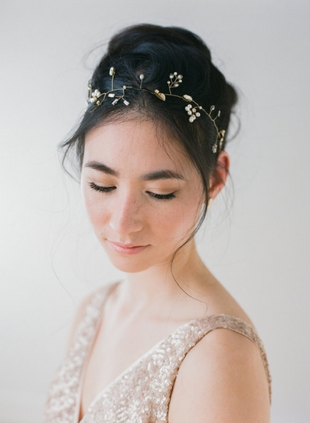 Romantic-Vintage-Inspired-Bridal-Headpiece.jpg