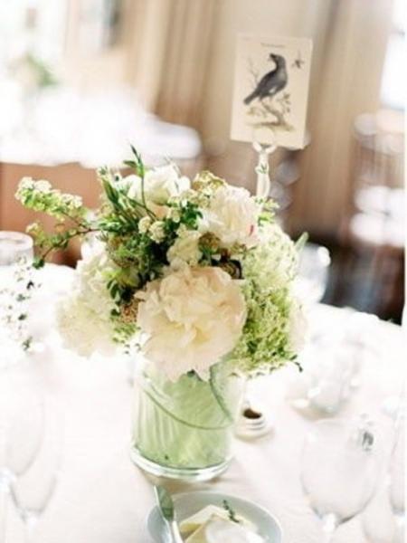 inspiring-winter-wedding-centerpieces-30-500x666.jpg