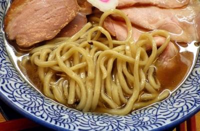 麺匠而今 香潤旨味そば 醤油(麺のアップ)