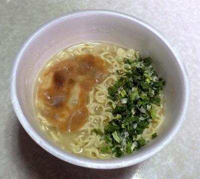 3/29発売 サンポー 焼豚ラーメン×長浜ナンバーワン(できあがり)