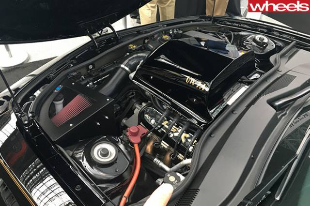 pontiac-trans-am-engine.jpg