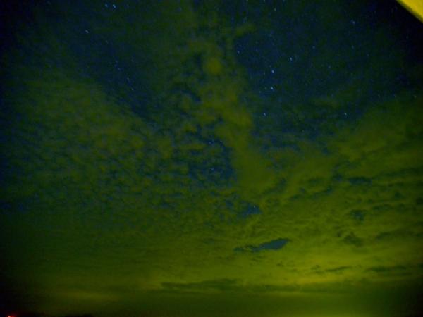 夜更けの海