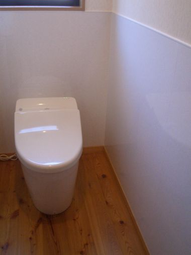 トイレ腰壁リフォーム