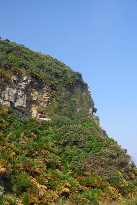 絶壁の神社