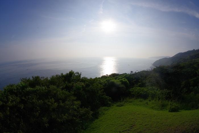 南灯台からの景色