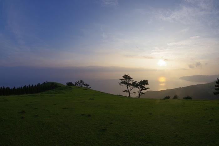 夕暮れ時の扇山