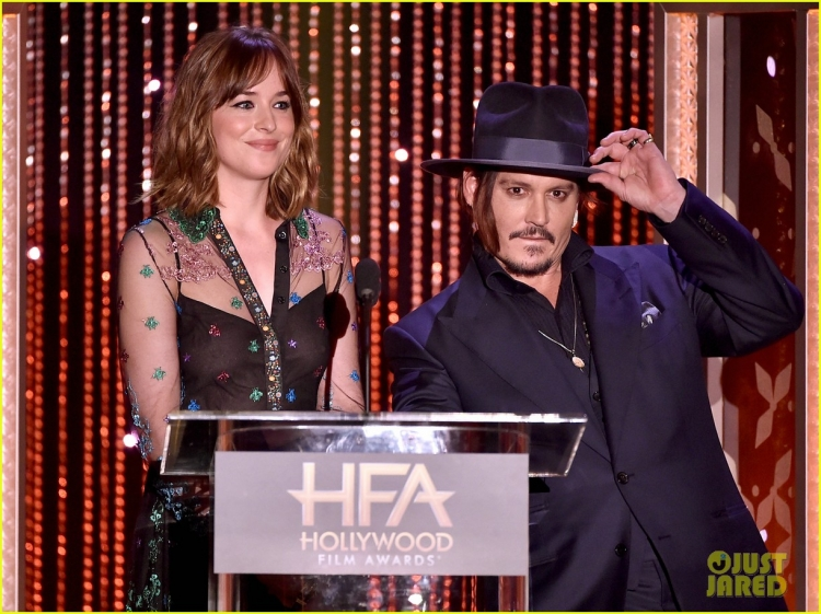 amber-heard-johnny-depp-dakota-johnson-hollywood-film-awards-03.jpg