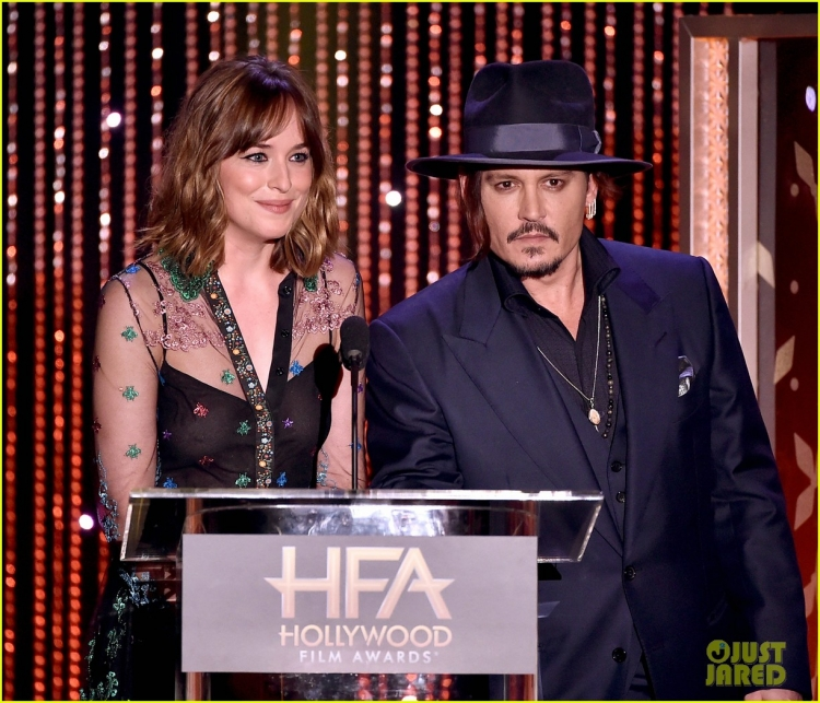 amber-heard-johnny-depp-dakota-johnson-hollywood-film-awards-07.jpg