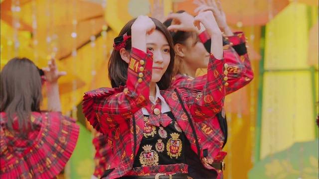 【MV】唇にBe My Baby Short ver. / AKB48[公式]