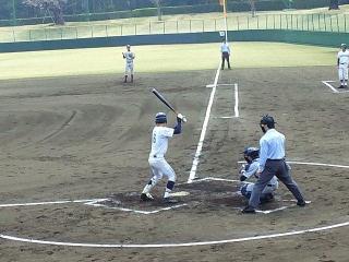 160331_3857公園内の球場での高校野球の試合VGA