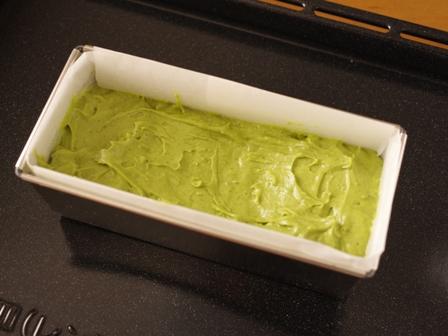 しっとり抹茶の春パウンドケーキ07