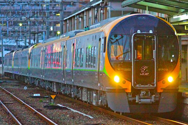 160326 JRS 8600 shiokaze ishiduchi-2