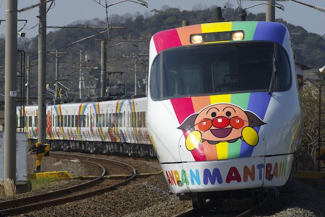 160326 JRS8000 anpanman shiokaze ishiduchi-1