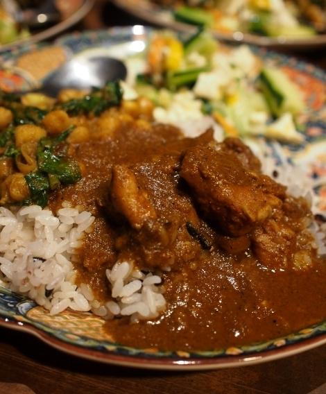 カリー河 チキンカリー、空心菜とひよこ豆かリー