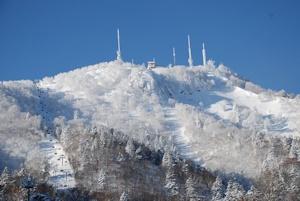 雪の手稲山