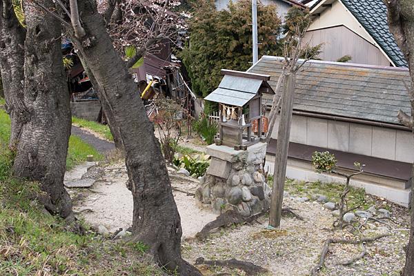 矢田川高牟神社近く
