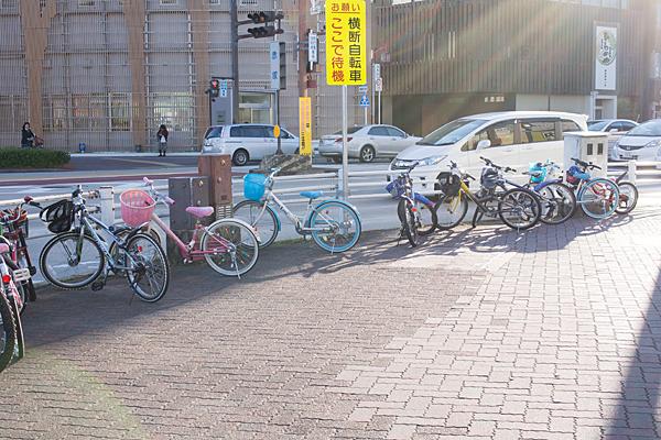 子供たちの自転車