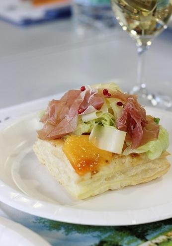 コンテチーズのサラダ1