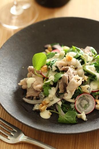 クレソンと牛肉とゴルゴンゾーラの温サラダ1