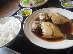 [写真]富津・マルゴのカワハギ煮魚定食
