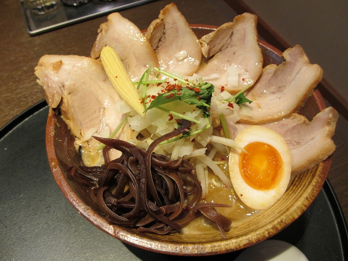 石黒 肉味噌ニボ
