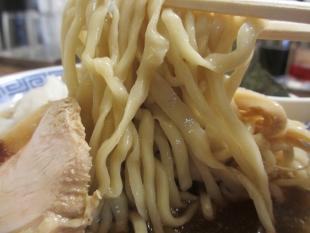 八チャンラーメン 中華ソバ並 麺 (2)