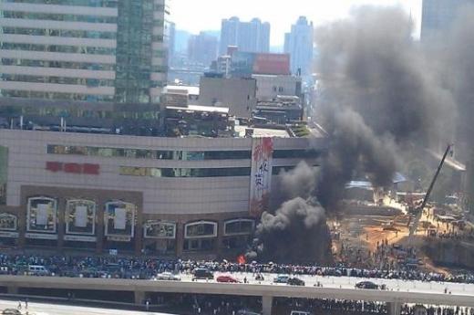中国反日デモ1