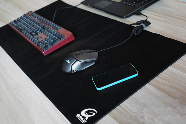 Big_MousePad_2016_14.jpg
