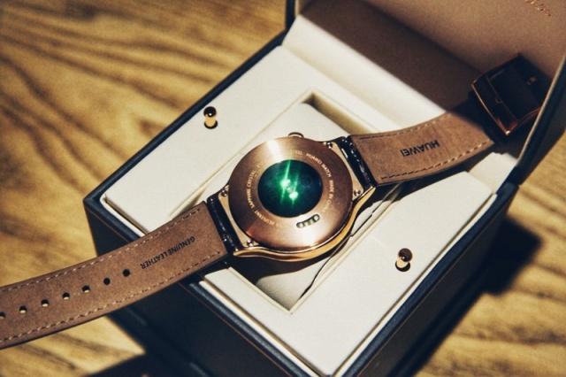 Huawei_Watch_Elegant_04.jpg