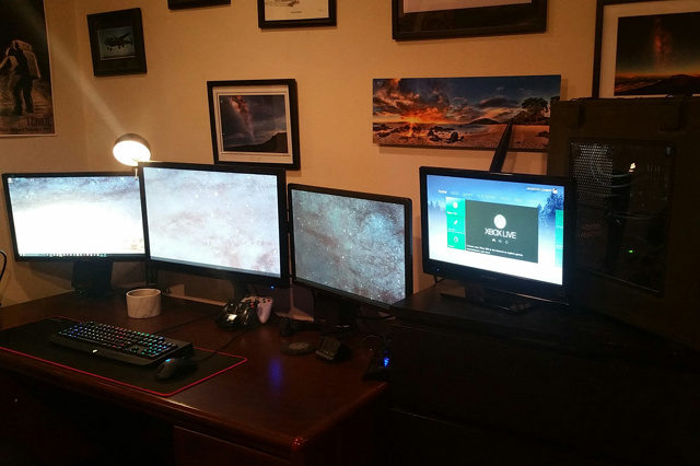PC_Desk_MultiDisplay64_13.jpg