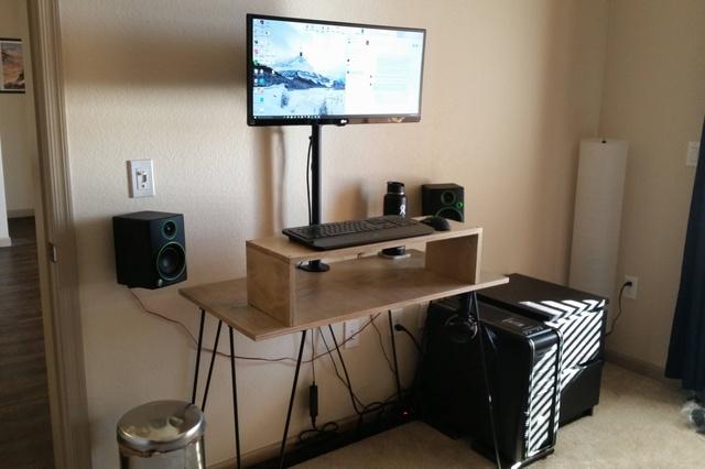 PC_Desk_UltlaWideMonitor09_35.jpg