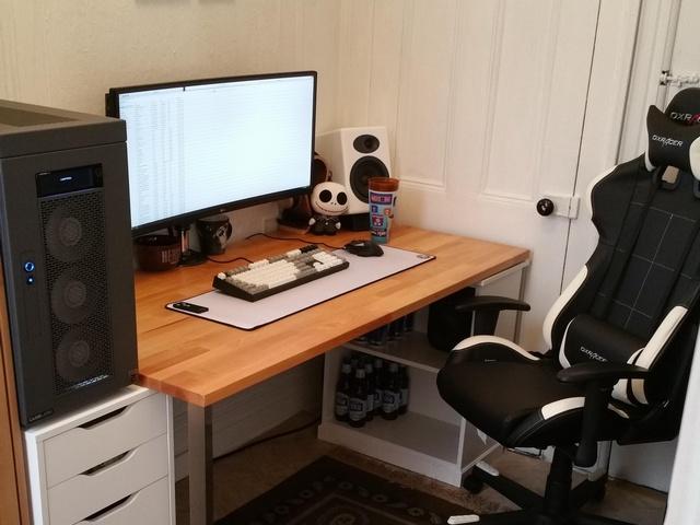 PC_Desk_UltlaWideMonitor09_47.jpg