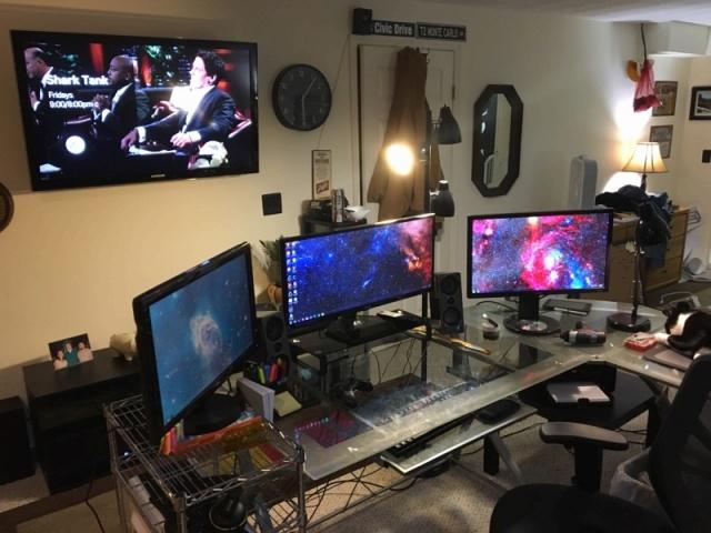 PC_Desk_UltlaWideMonitor09_53.jpg