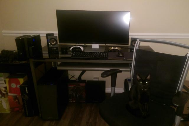 PC_Desk_UltlaWideMonitor09_74.jpg