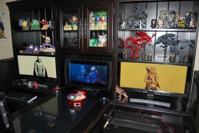 PC_Desk_UltlaWideMonitor09_79.jpg