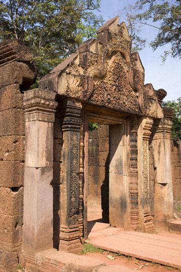 blog 229 Banteay Srei Temple, Gate_DSC0249-12.3.13.(1).jpg
